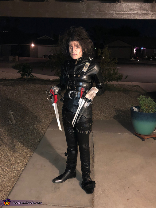 Edward's ready to go, Edward Scissorhands Costume