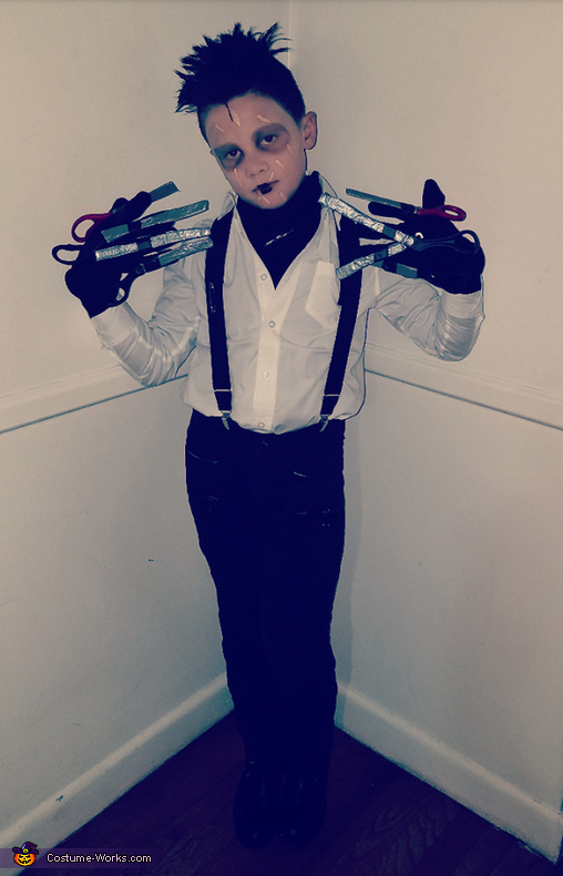 Jacob Scissorhands, Jacob Scissorhands Costume