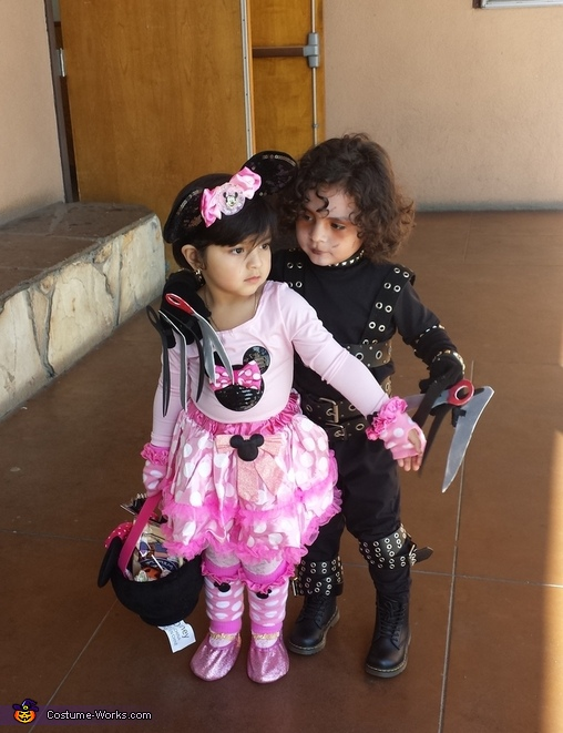 at school with minnie, Edward Scissorhands Costume