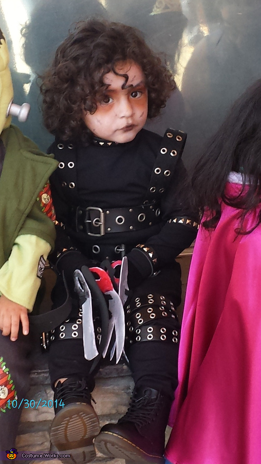 little Edward, Edward Scissorhands Costume