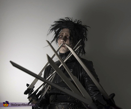 Need a haircut?, Adult Edward Scissorhands Costume