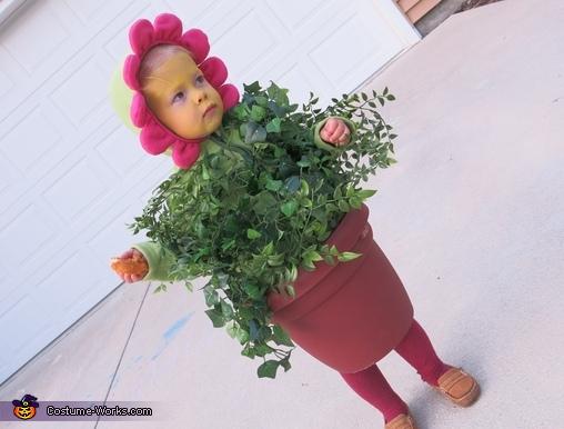 Flower Pot, Edward Scissorhands and a Flower Pot Costume