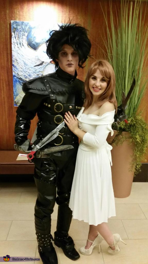 edward scissorhands and kim boggs costume