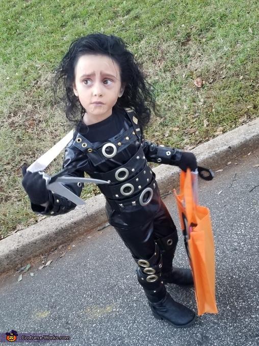 Silly, Edward Scissorhands Costume