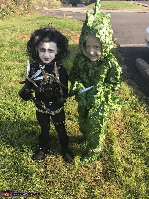 Edward Scissorhands & Dinosaur Bush Homemade Costume