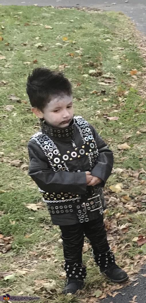 Aidan, Edward Scissorhands Costume