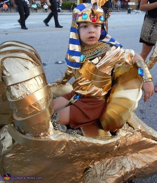 The King, Egyptian Prince Costume