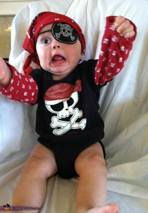 Pirate Baby - Homemade costumes for babies