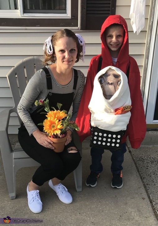 Elliot and Gertie and ET Costume