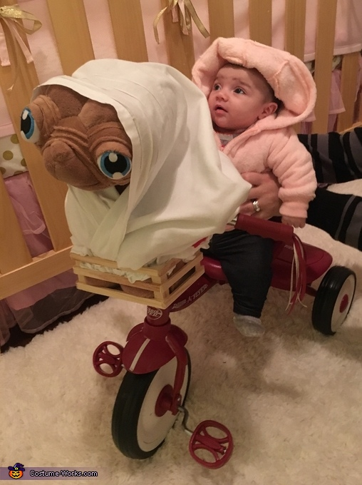 Elliot with E.T. Costume