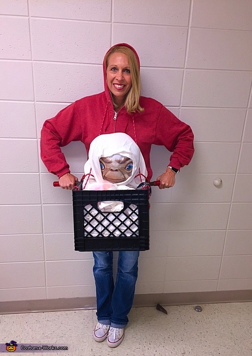 Elliott and E.T. Costume