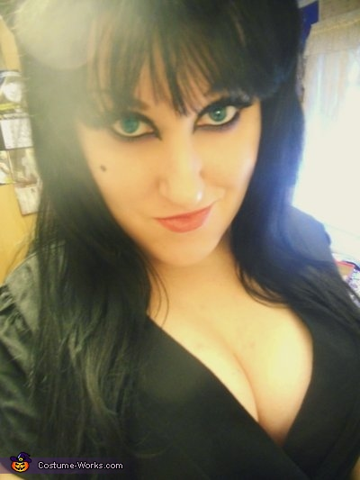 Elvira, Mistress of the Dark Costume
