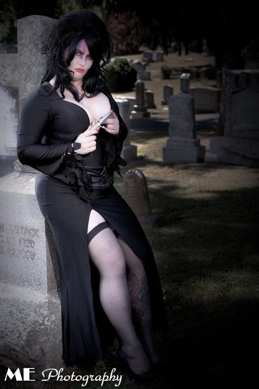 My dagger of choice , Elvira, Mistress of the Dark Costume