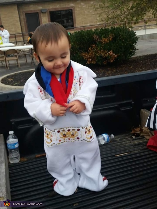 Elvis Baby Costume Idea