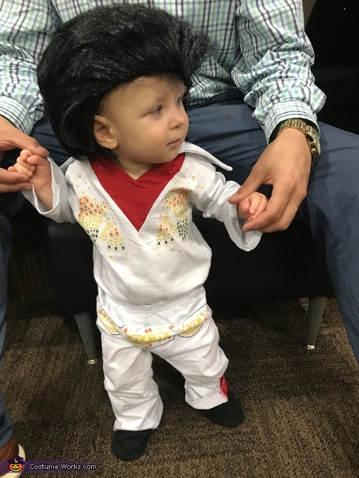 Elvis in the house, Elvis Presley Costume