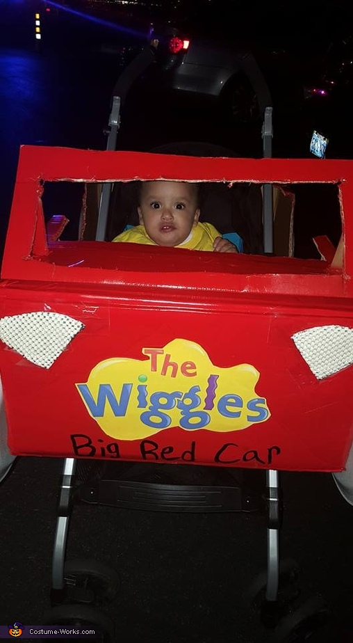 Emma Wiggle in her Big Red Car Costume