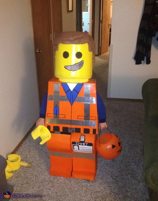 Emmet Ready to go, Emmet and President Business Costume