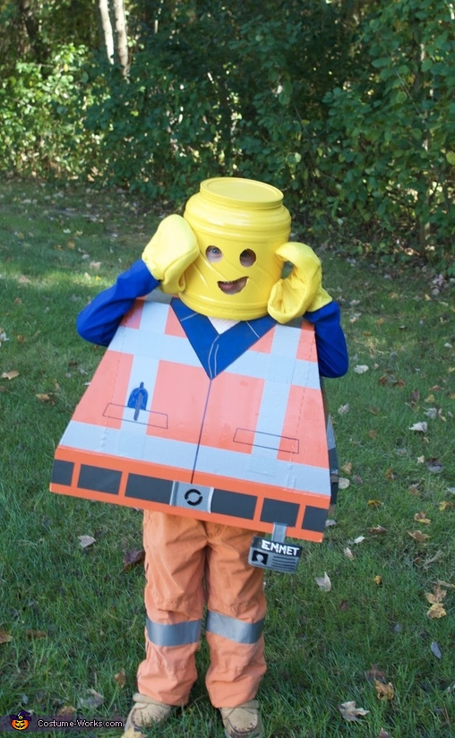Emmet Brickowski Costume