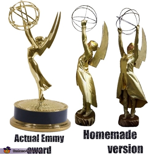 Comparison of the 2, only the background was edited, Emmy Award Costume