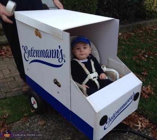 Entenmann's Driver Costume