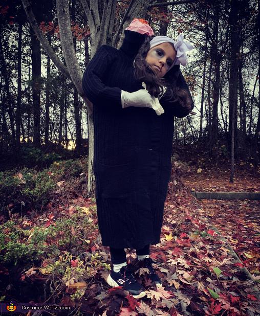 Estefa Headless Homemade Costume