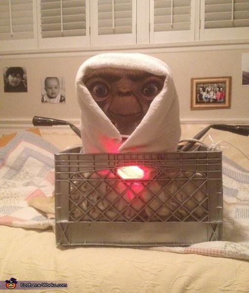 Ready , E.T. Costume