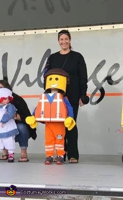 Emmet, Everything is Awesome Costume