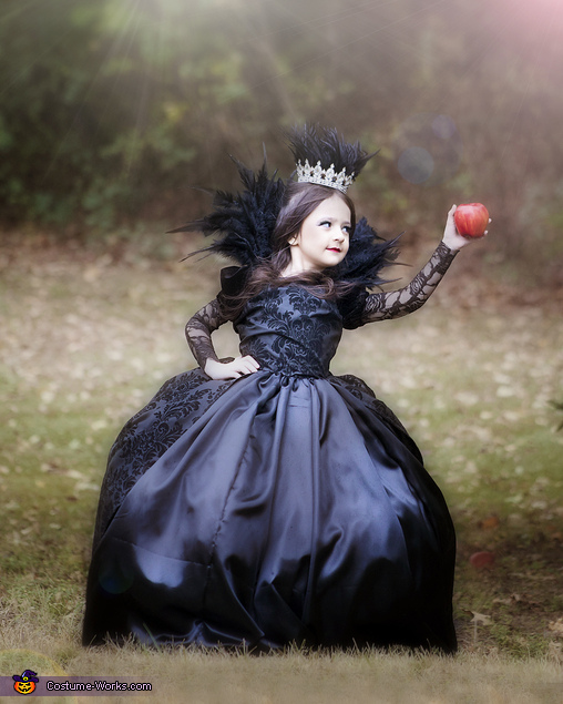 Front View, Evil Queen Costume
