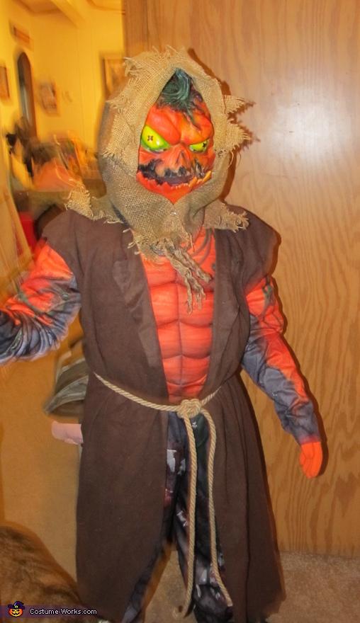 Evil Scarecrow Pumpkin Costume