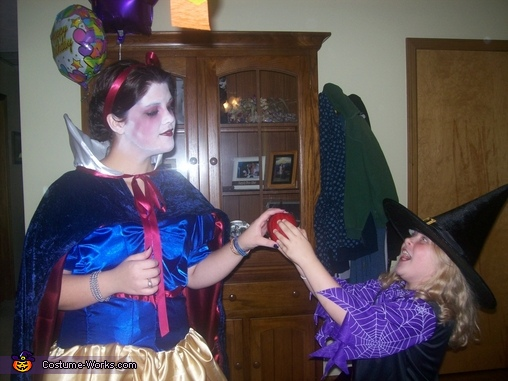 The witch tries to tempt me with an apple., Evil Snow White Costume