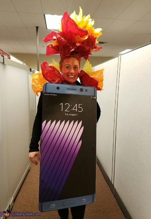 Exploding Galaxy Note 7 Costume