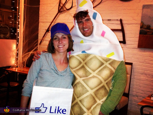 Facebook Like Box Costume