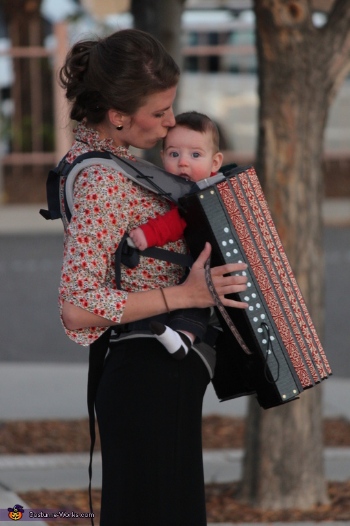 Accordion baby and mom as the Accordion player, Family Band with Accordion Baby Costume