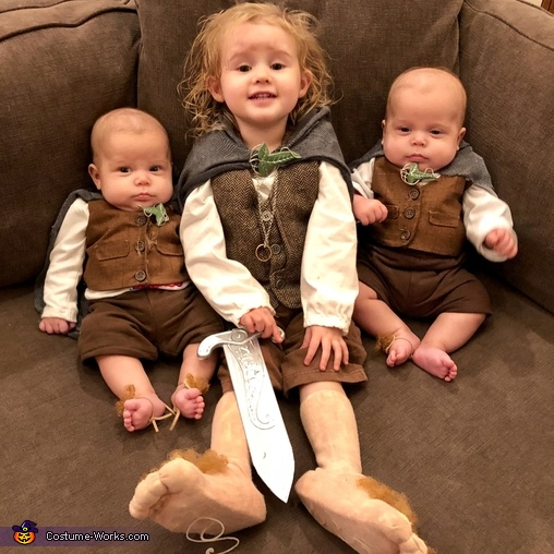 All smiles., Family of Hobbits Costume