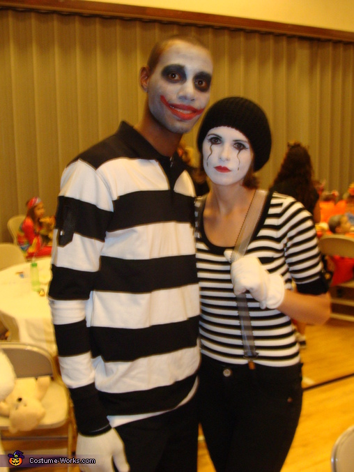 Mom and Dad , Family of Mimes Costume