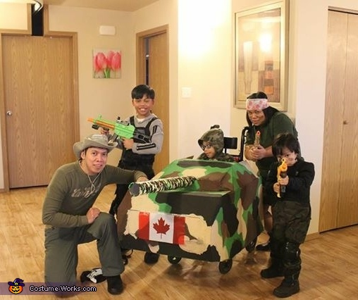 Family of Soldiers Costume