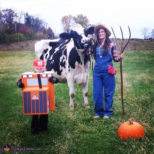 Take two Farm Superheroes , Farm Superhero Family Costume