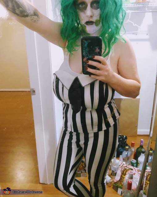 We come for your daughter, Chuck, Female Beetlejuice Costume