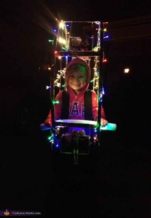View 4, Ferris Wheel Costume