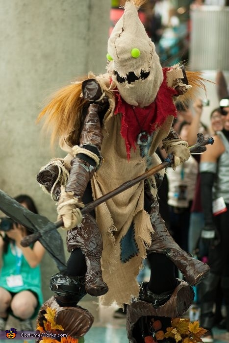 A little bit of a close up, Fiddlesticks Costume
