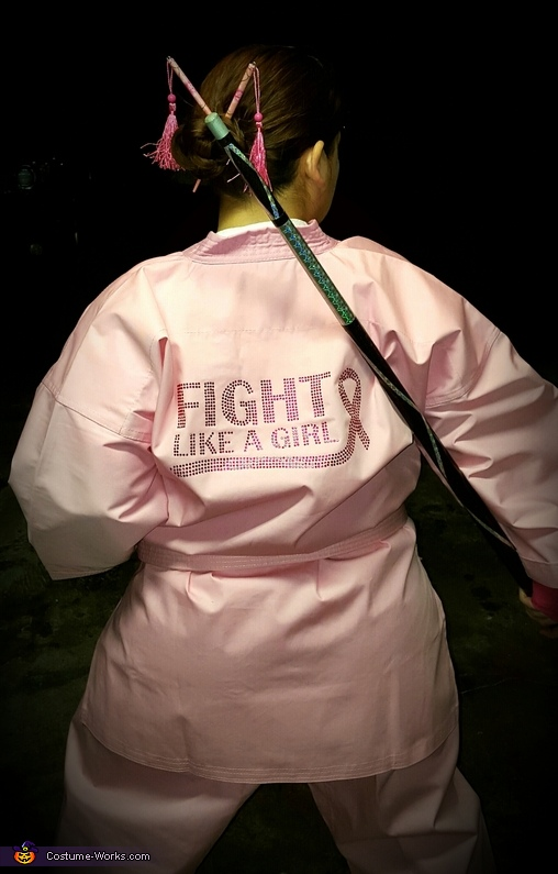 I Can Watch My Own Back, Fight Like a Girl! Costume