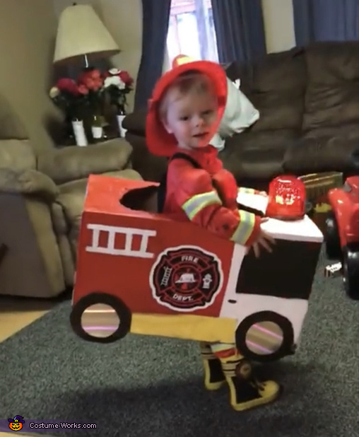 Ready to go recuse, Fire Chief Lucas Costume