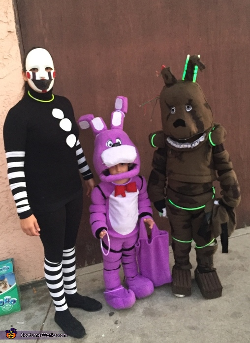 five nights at freddys costume