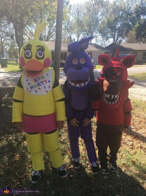 Five Nights at Freddy's Toy Chica, Bonnie and Foxy Costume