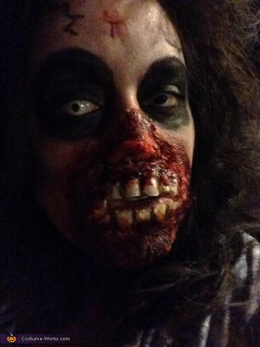 Flesh Eating Zombie Homemade Costume