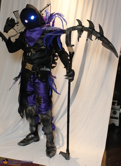 Fortnite Raven Costume Photo 3 5
