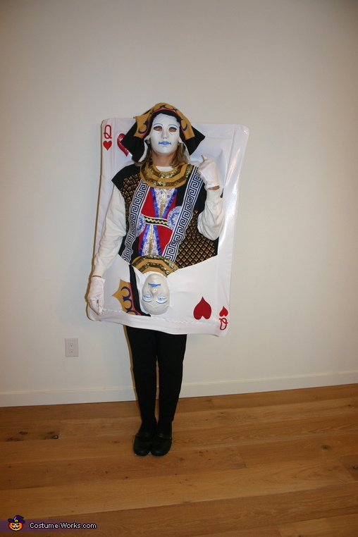 Queen of Hearts - Mom, Four of a Kind Costume