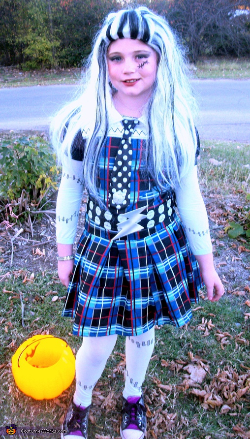 Frankensteins Daughter - Homemade costumes for girls