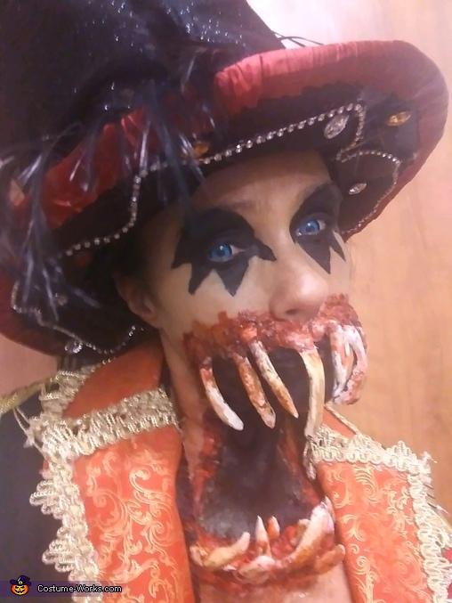 Ringmaster *, Freak Show Ringmaster Costume