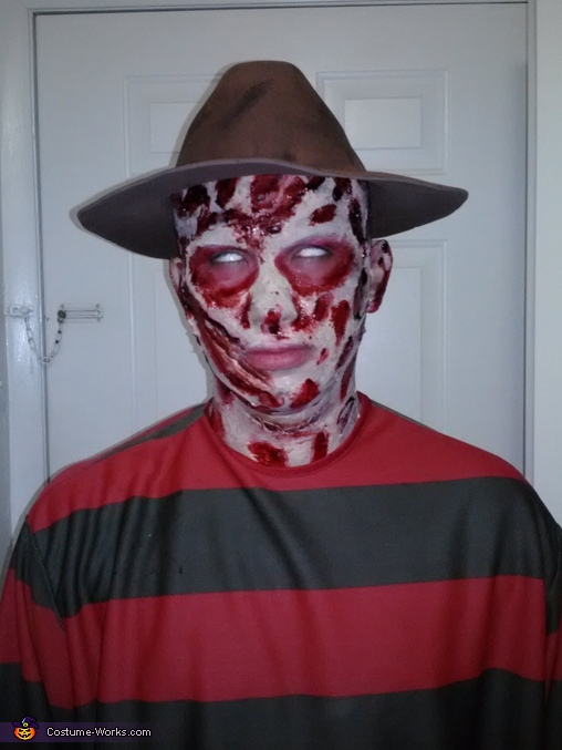 scary freddy, Freddy Kruger Costume